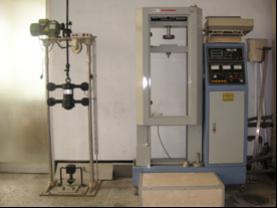 衝擊試驗機(左)、壓扁試驗機(右)